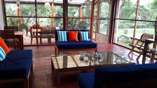 Playa Santo Domingo, Никарагуа: Comfy Xalli Reception