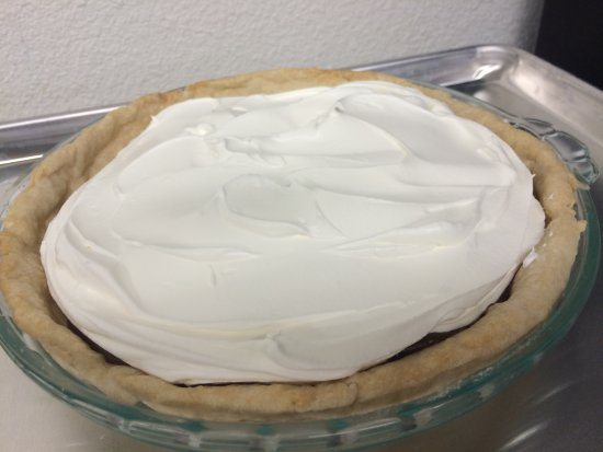 McGregor, TX: Homemade Chocolate Pie