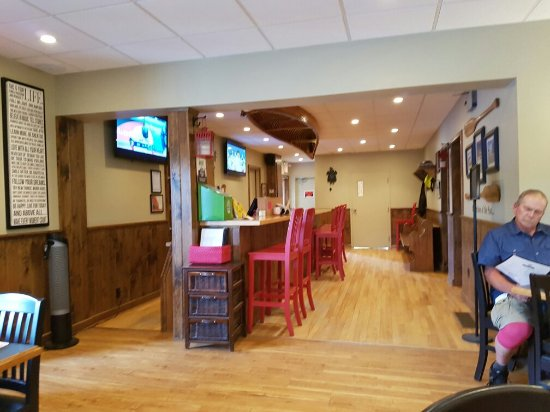Magnetawan, Canadá: Mag Grill and Groceries