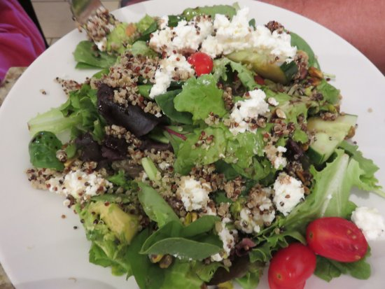 What a Bagel Eatery: Quinoa salad