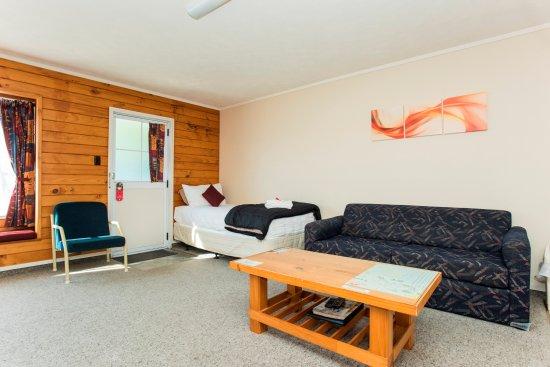 Gisborne, New Zealand: Spacious king size studio