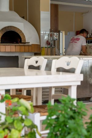 Check the baked pizzas and pastas also!