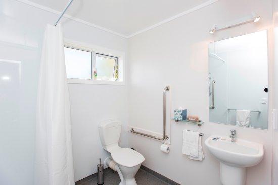 Gisborne, New Zealand: Disability accessible bathroom