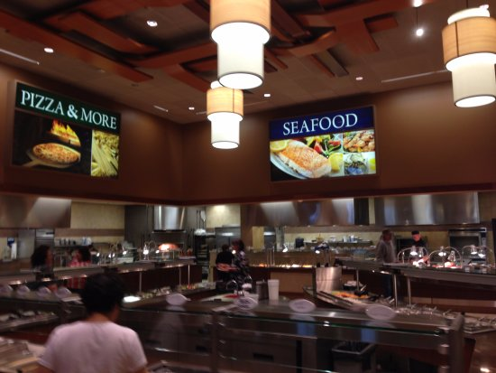 Cedar Plank Buffet: The Seafood & American Food Sections