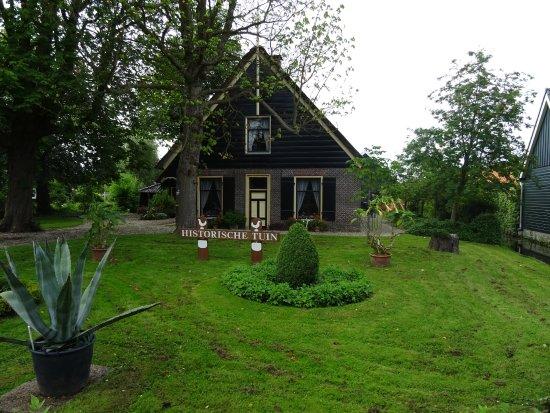 Historische Tuin Aalsmeer : Buurtkamer de hoef bezoekt de historische tuinen in aalsmeer