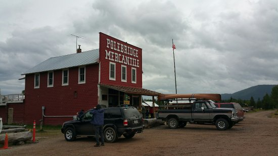 Polebridge Mercantile and Cabins照片