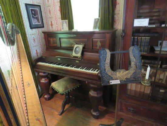 East Aurora, Nova York: Millard Fillmore House