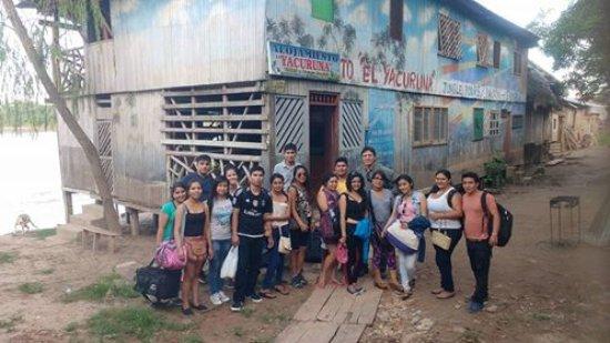 Yurimaguas, Pérou : Exterior del alojamiento , al lado el rio huallaga.