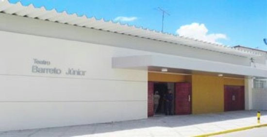 ‪Barreto Junior Theater‬