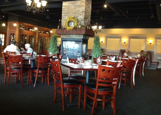 Sole Mio: Dining room with fire place