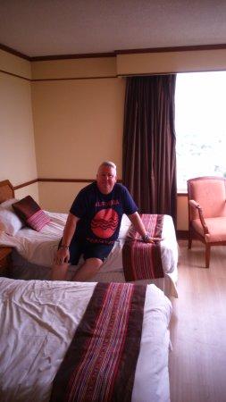 Duangtawan Hotel Chiang Mai: room