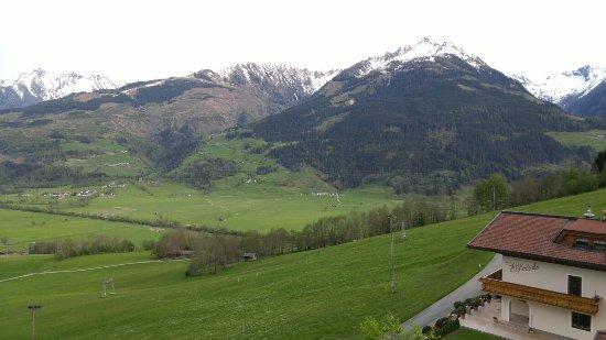 Piesendorf, Austria: 20160509_185234_large.jpg