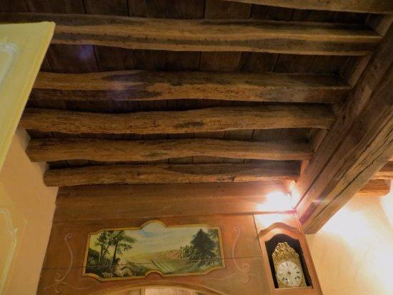 Nitry, Γαλλία: beamed ceilings