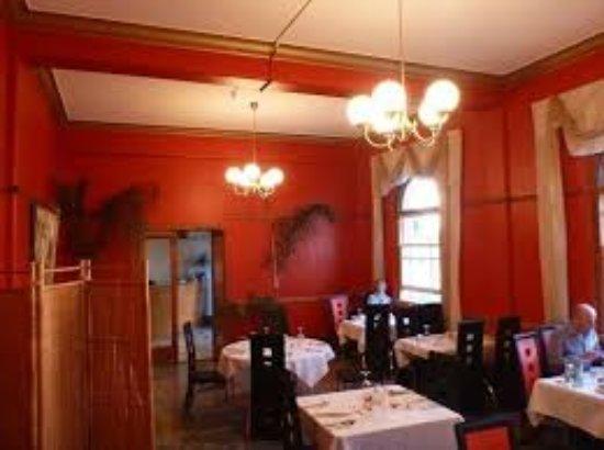 Helensville, Nueva Zelanda: Rosso Restaraunt Grand Hotel