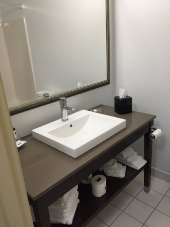 Country Inn & Suites by Radisson, Watertown, SD: Double Room