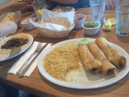 El Cid Mexican Cuisine: photo0.jpg