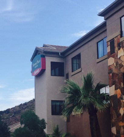 TownePlace Suites St. George: Wonderful stay! Beautiful hotel!