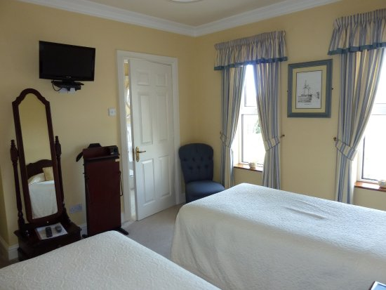 Brook Manor Lodge: Family Suite Room 1