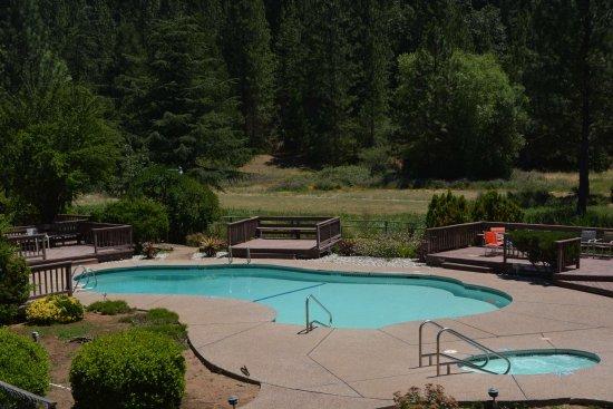 Pioneer, Kalifornien: Pool