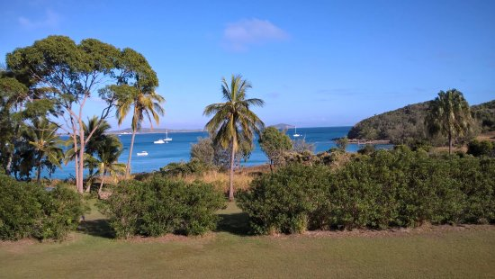 Great Keppel Island, Australia: The view from our balcony over Keppel Bay