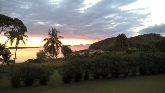 Great Keppel Island, Australie : Sunset from the balcony