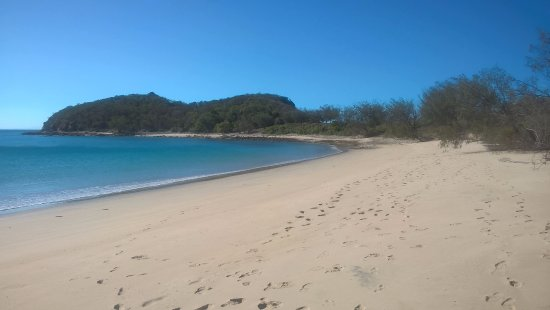 Great Keppel Island, ออสเตรเลีย: The beach all for ourselves.