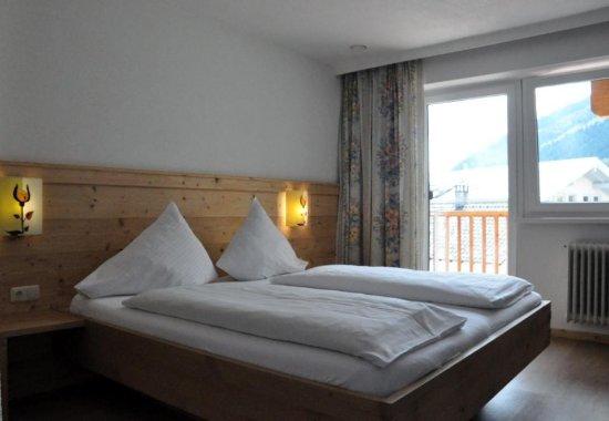 Fulpmes, Austria: Adler Hotel-Pension Doppelzimmer