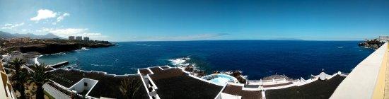 Atlantic Holiday Hotel: Vistas desde la terraza del jacuzzi.