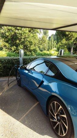 Sardón de Duero, España: Tesla Charger