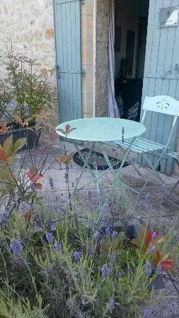 Badefols-sur-Dordogne, Francja: 20160708_081751_large.jpg