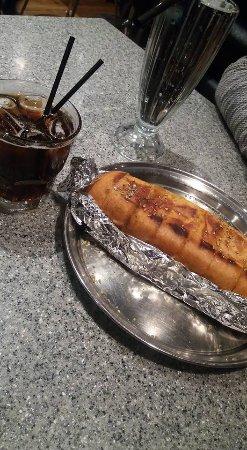 La Porchetta Parnell: Garlic bread.. SImple