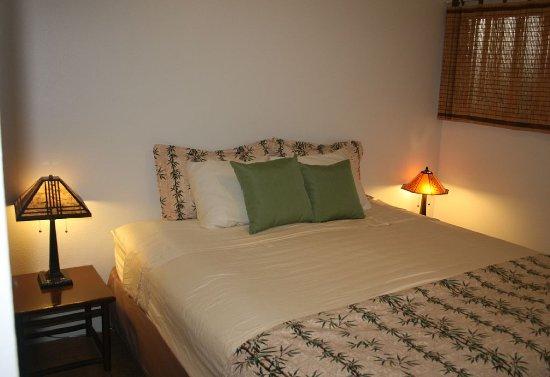 Kaunakakai, HI: A207 Bedroom