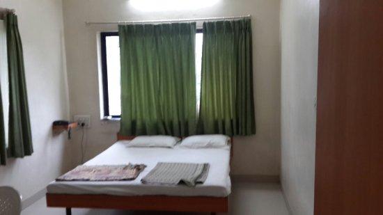 Hotel Atharva : 20160709_075725_large.jpg