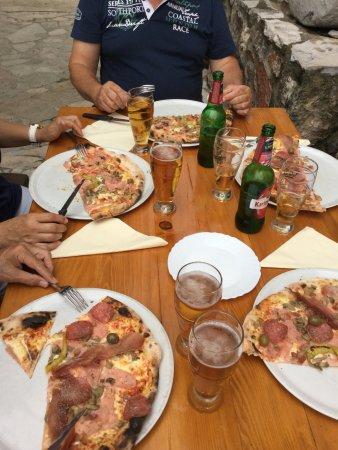 Vrbanj, Kroatië: Pizza
