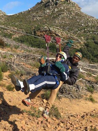 Constantia, Νότια Αφρική: Mom chilling on the slide