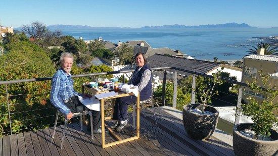 Gordon's Bay, جنوب أفريقيا: Chocolate Box Guest house