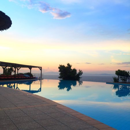 Absolutely stunning. Stayed for 7 days at the end of June and had the most wonderful stay, staff