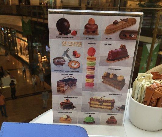 Ferre Cafe: Выбор пирожных