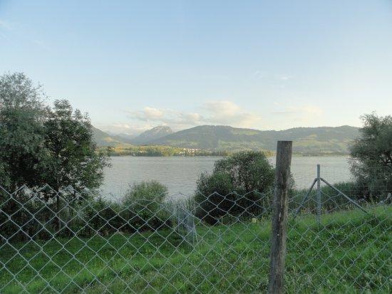 Bollingen, Schweiz: Wägitalerberge mit Obersee