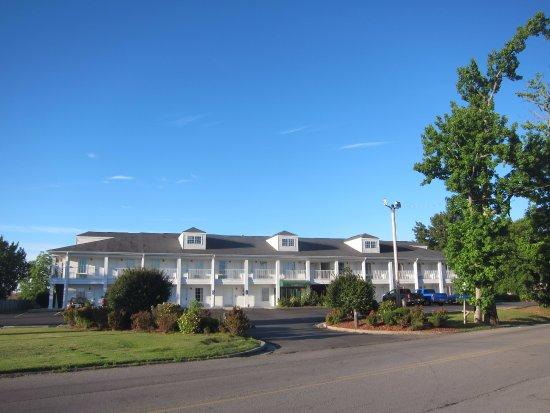 Quality Inn Albertville Image