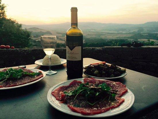 Ponteginori, Italien: Sur la terrasse
