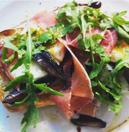 Café Bellinis: Parma Ham on Toast