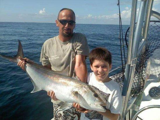 Southport, Северная Каролина: Playin Hooky Inshore Fishing Charters