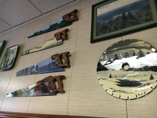 Schroon Lake, NY: Saw blade art
