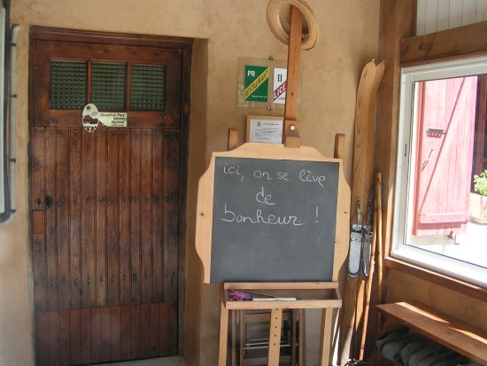 Prades, France: entrée du gîte
