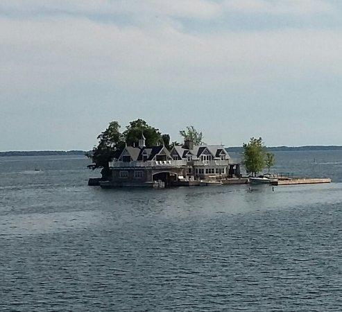 Gananoque, Canadá: 1 île