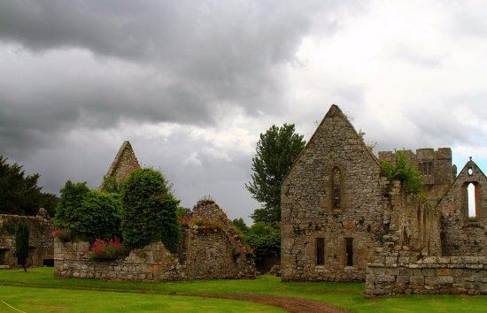 Hulne Park: Hulne Priory