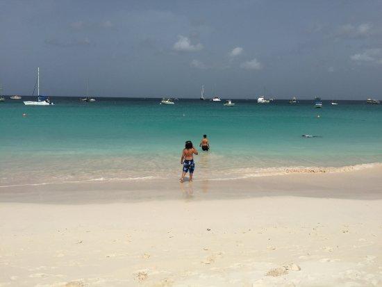 Bougainvillea Beach Resort ภาพถ่าย