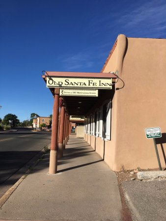 Old Santa Fe Inn: Street entrance
