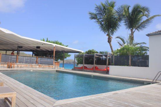 Hotel Taiwana: Pool deck